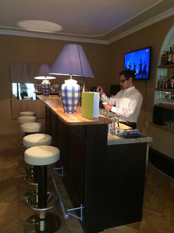 lindenhof bar